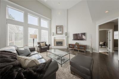 Leawood KS Single Family Home Show For Backups: $450,000