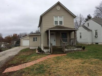 Lansing Single Family Home For Sale: 218 E Kay Street