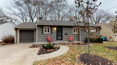 Prairie Village Single Family Home For Sale: 7105 Cedar Street