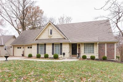 Overland Park Single Family Home For Sale: 10206 Rosewood Drive