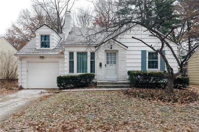 Prairie Village KS Single Family Home For Sale: $199,000