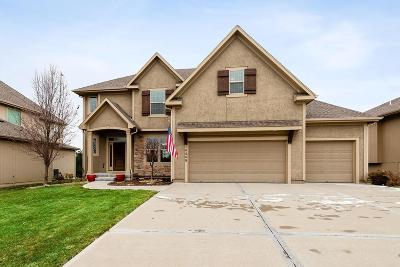 Olathe Single Family Home For Sale: 10889 S Theden Street