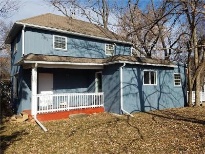 Single Family Home For Sale: 712 N Woodland Road