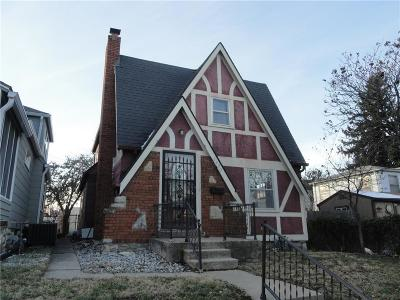 Single Family Home For Sale: 7430 Wyandotte Street