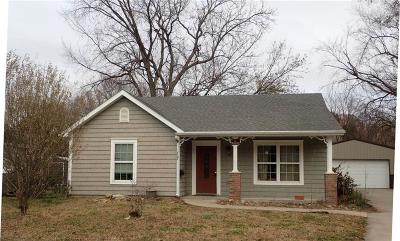 Ottawa Single Family Home For Sale: 727 S Pecan Street