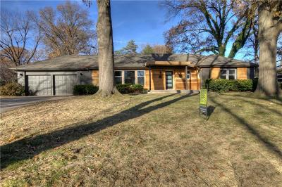 Leawood Single Family Home For Sale: 3008 W 81st Terrace