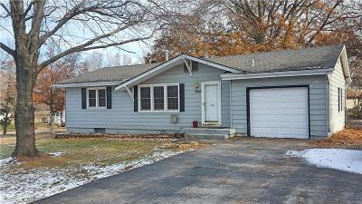 Platte County Single Family Home For Sale: 7509 N Berkley Avenue