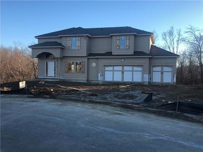 Kansas City Single Family Home For Sale: 4803 NE 100th Terrace