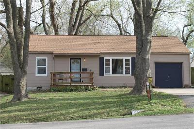 Shawnee Single Family Home For Sale: 11207 W 69th Terrace