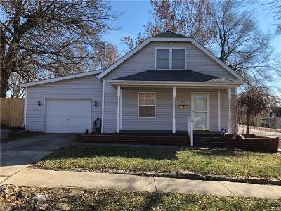 Belton Single Family Home For Sale: 611 E Walnut Street