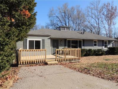 Desoto KS Single Family Home For Sale: $185,000