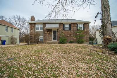 Olathe Single Family Home For Sale: 12813 S Raintree Drive