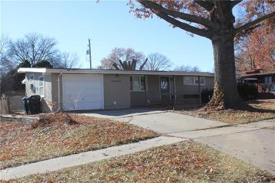 Topeka Single Family Home For Sale: 1655 SW 28th Terrace