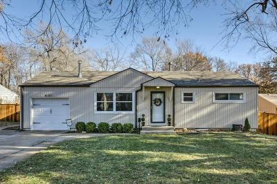 Shawnee Single Family Home For Sale: 6121 Halsey Street