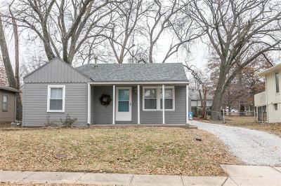 Overland Park KS Single Family Home For Sale: $139,500
