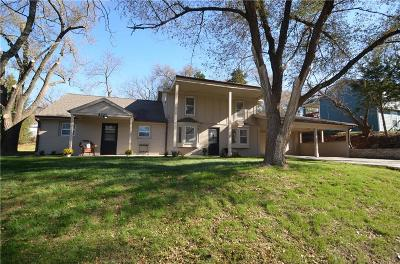 Desoto Single Family Home For Sale: 8225 Sunset Drive