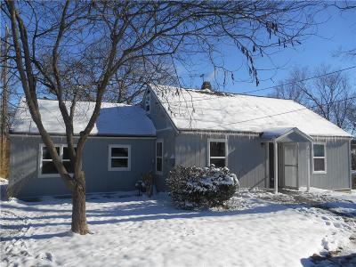 Kansas City Single Family Home Auction: 8602 E 47th Street
