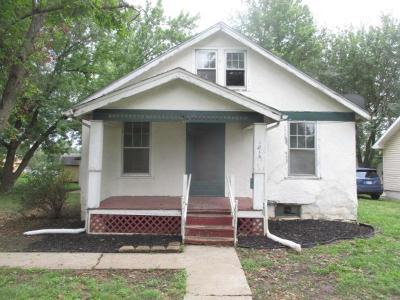 Ottawa Single Family Home Auction: 1014 W 6th Street