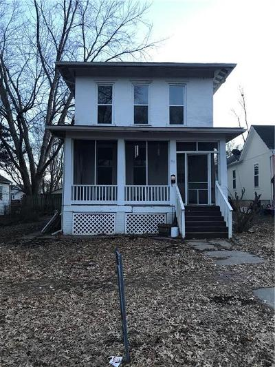 Leavenworth Single Family Home For Sale: 415 Elm Street