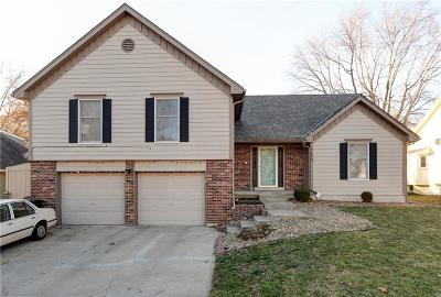 Blue Springs MO Single Family Home For Sale: $229,900