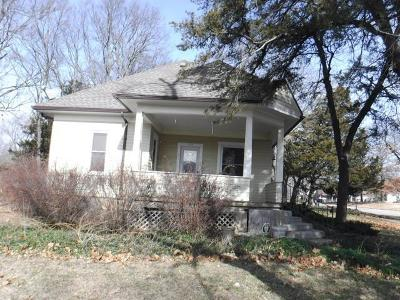 Osage County Single Family Home For Sale: 205 W 6th Street