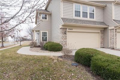 Lenexa Condo/Townhouse For Sale: 23403 W 89th Terrace