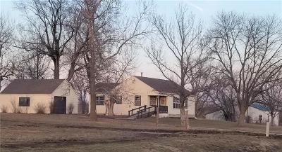 Daviess County Single Family Home For Sale: 16421 State D Highway