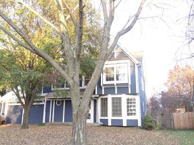 Single Family Home For Sale: 14309 S Darnell Street