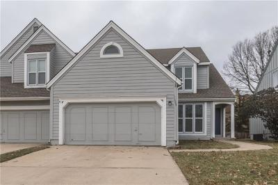 Johnson-KS County Duplex For Sale: 11944 Goodman Street
