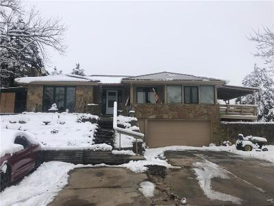Douglas County Single Family Home For Sale: 1685 N 1000 Road