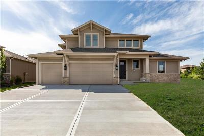 Olathe Single Family Home For Sale: 11430 S Longview Road