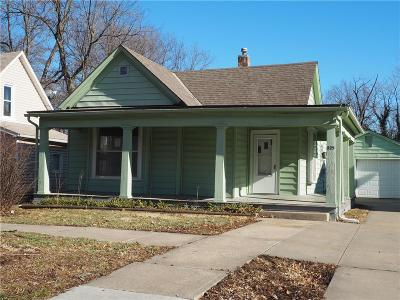 Single Family Home For Sale: 525 S Maple Street
