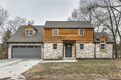Single Family Home For Sale: 8409 NW Highridge Road