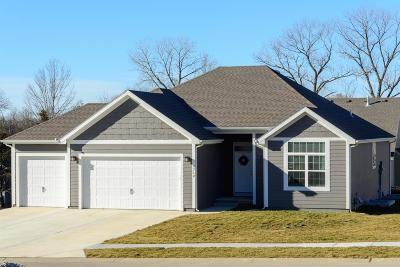 Basehor Single Family Home For Sale: 712 Pine Court