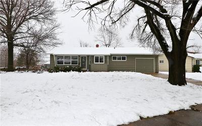 Cass County, Clay County, Platte County, Jackson County, Wyandotte County, Johnson-KS County, Leavenworth County Single Family Home For Sale: 7801 E 88th Street