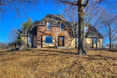 Kansas City Single Family Home For Sale: 12418 Pine Valley Drive