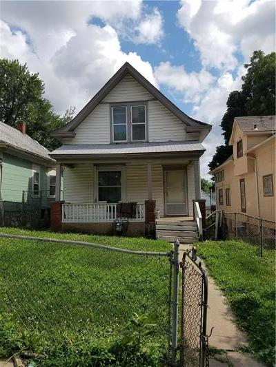 Kansas City Single Family Home For Sale: 3829 Roberts Street
