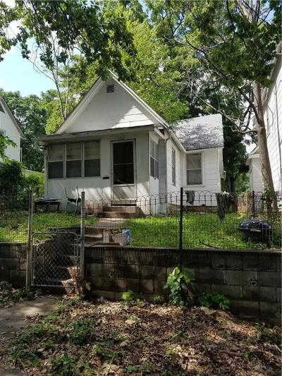 Kansas City Single Family Home For Sale: 3216 Roberts Street