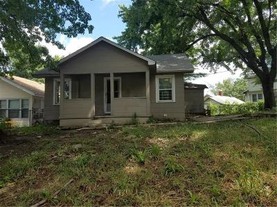 Kansas City Single Family Home For Sale: 8716 Independence Avenue