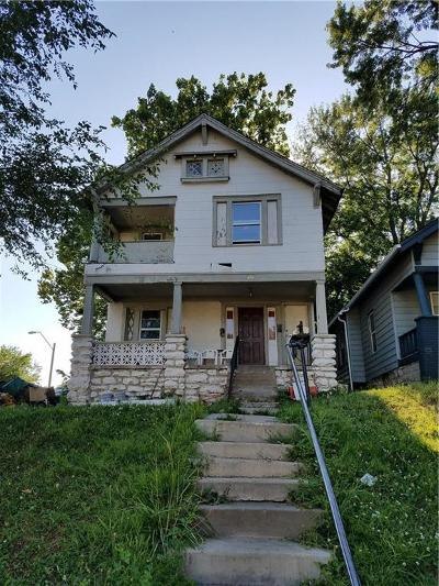 Kansas City Single Family Home For Sale: 820 Monroe Avenue