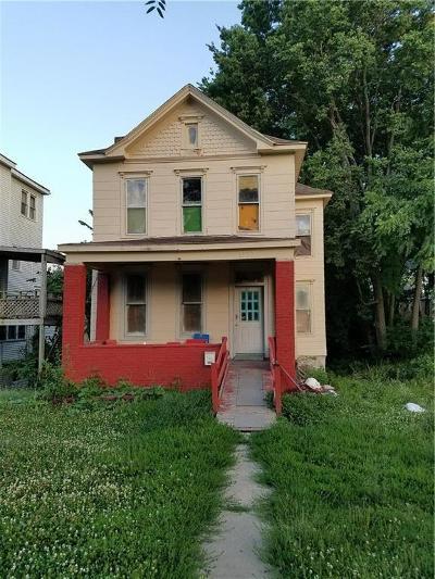 Kansas City Single Family Home For Sale: 3321 E 9th Street