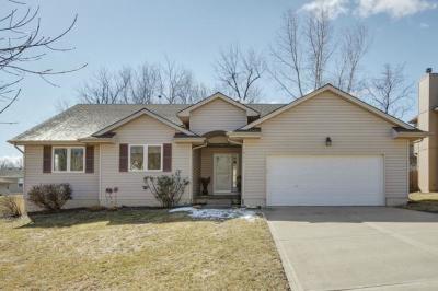 Kansas City MO Single Family Home For Sale: $192,000