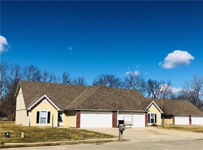 Buchanan County Multi Family Home For Sale: 4607 Hunters Glen Drive