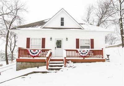 Buchanan County Single Family Home For Sale: 103 Main Street
