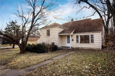 Johnson-KS County Single Family Home For Sale: 3901 W 47th Street