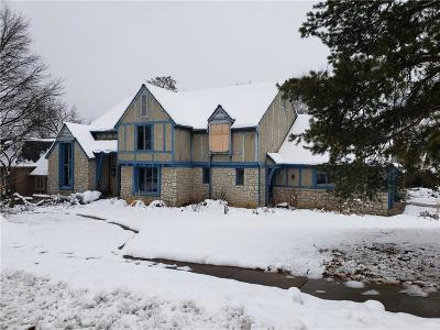 Overland Park Single Family Home For Sale: 10618 W 108th Terrace