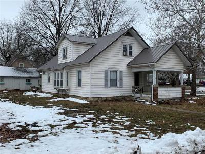Tonganoxie KS Single Family Home For Sale: $142,950