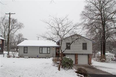 Johnson-KS County Single Family Home For Sale: 8213 W 58th Street