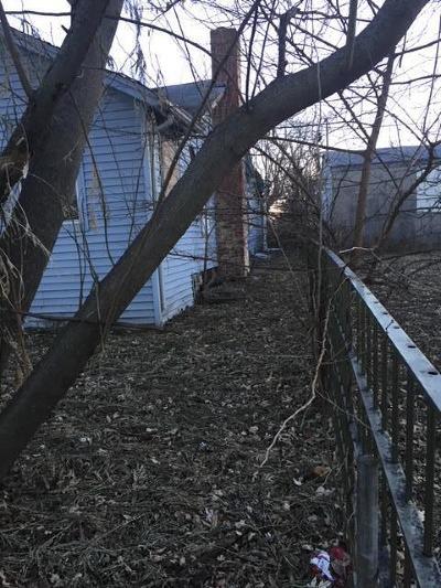 Kansas City KS Single Family Home For Sale: $24,500