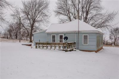 Doniphan County Single Family Home For Sale: 1117 Larned Road